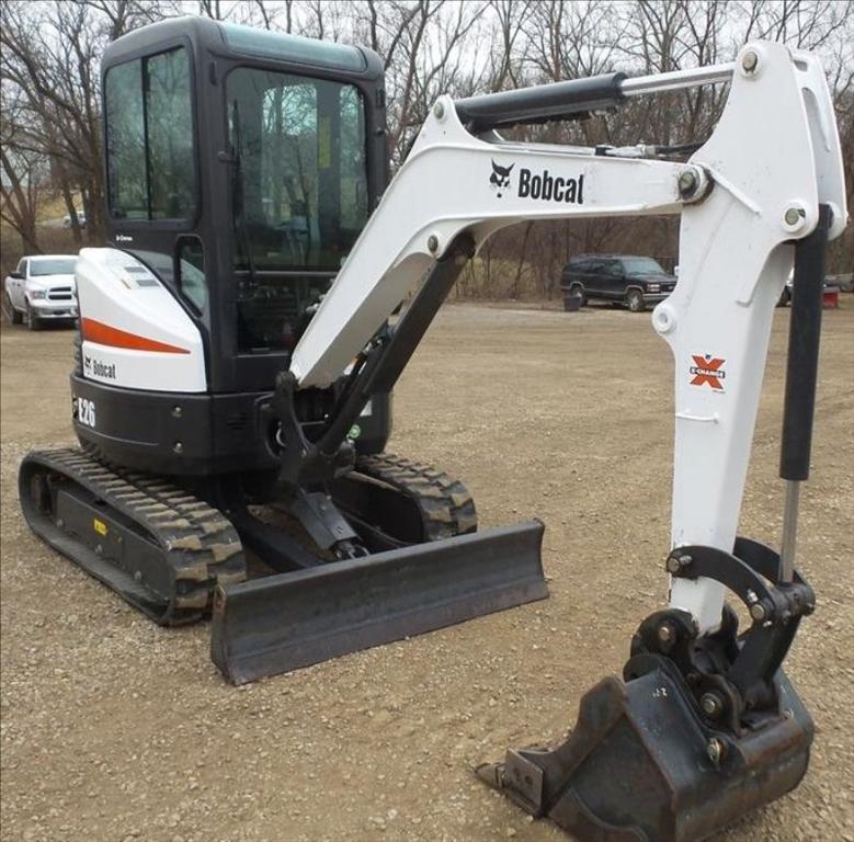 Bobcat E26 - Digger (2.6 Ton)